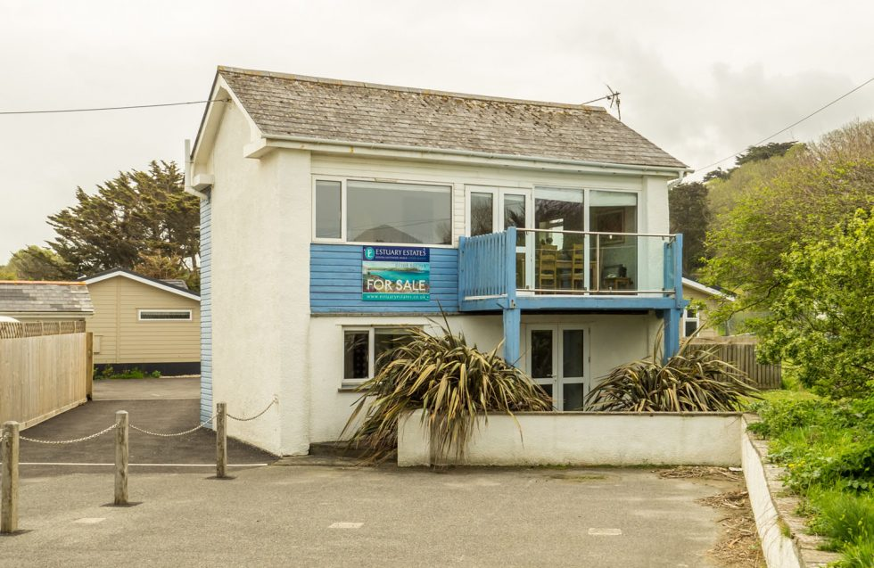 THE BEACH HOUSE, Polzeath Gardens, Polzeath – FD